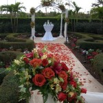 Grandezza makes a beautiful wedding setting for this fall ceremony